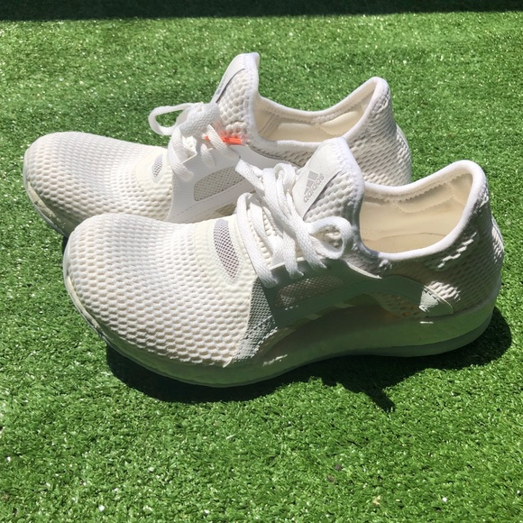 a41ccdd352 Adidas Sz 6 Pure Boost X Clima Chill Running Shoes